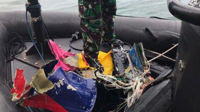 Kesaksian Penyelam Lihat Pemandangan Bawah Laut Lokasi Sriwijaya Air Jatuh : Hancur Berkeping-keping