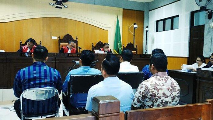 Sidang Suap Kepala Imigrasi Mataram, Uang Rp 1,2 Miliar Dibuang ke Dalam Tong Sampah di Kantor