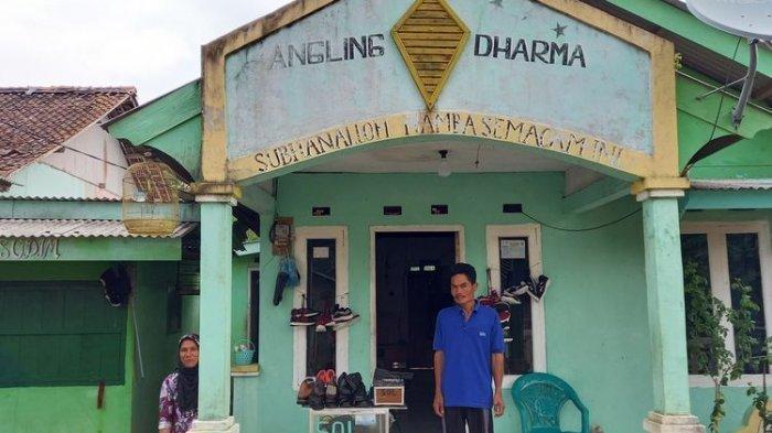 Dikira Kerajaan, Ini Bentuk Perumahan Angling Dharma Pandeglang: Bangunan Luas dengan Gapura 4 Meter