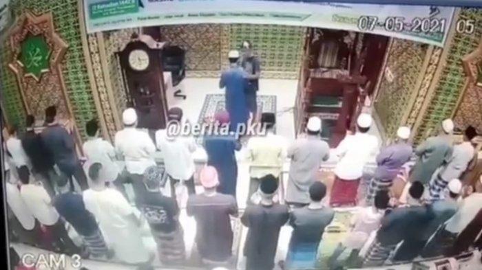 Tampar Imam Masjid Saat Salat, Pria di Pekanbaru Disebut Gangguan Jiwa, Apakah Tetap Diproses Hukum?