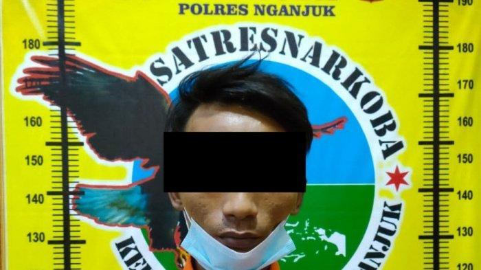 Pria Jombang Edarkan Sabu di Nganjuk Ditangkap saat Menunggu Pembeli di Jatikalen