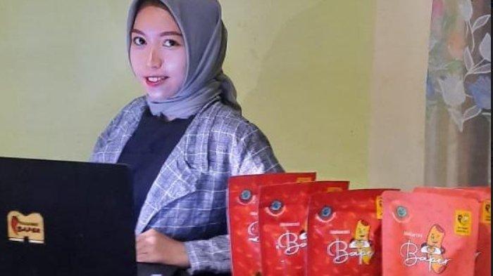 Bisnis Makaroni Baper Mampukan Eka Wulan Sari Biayai Pendidikan Secara Mandiri hingga S2