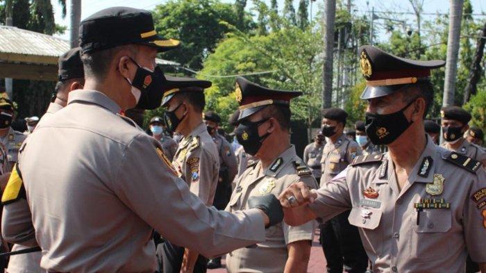 Dinilai Berdedikasi Tinggi, 4 Personil Polres Nganjuk Dapat Penghargaan dan Kenaikan Pangkat