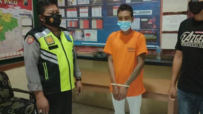 Sambil Ngamen, Pemuda Asal Jombang Curi HP Pemilik Rumah di Kayen Kidul Kediri