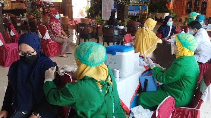 Percepatan Vaksinasi Covid-19 di Kabupaten Nganjuk Terhambat Ketersediaan Stok Vaksin