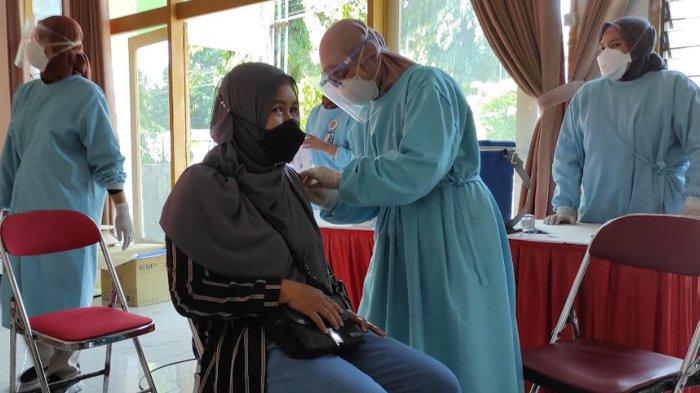 Capaian Vaksinasi Covid-19 Sudah Lebih 100 Persen, Dinkes Kota Blitar: Pelayanan Vaksin Terus Jalan