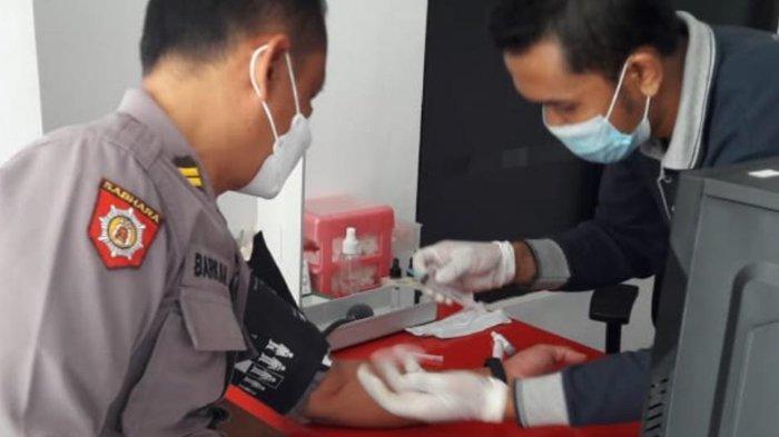 Waka Polsek Puncu Kediri Bantu Penanganan Covid-19 dengan Donor Plasma Konvalesen