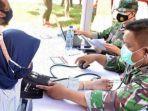 pelaksanaan-vaksinasi-covid-19-oleh-TNI-di-kota-kediri.jpg