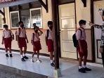siswa-SD-di-tulungagung-salah-masuk-kelas-di-hari-pertama-masuk-sekolah.jpg