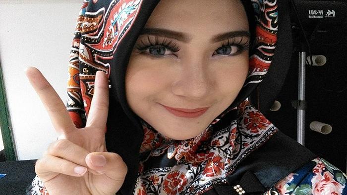 Aulia Gelar Aksi Kertas Amal di Banjarbaru