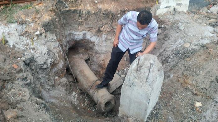 Meriam Tua Ditemukan di Depan Sabilal Muhtadin