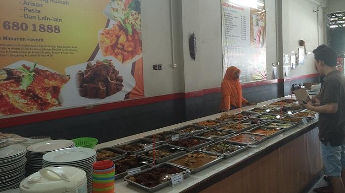 Rumah Makan OVJ Sajikan 40 Menu Makanan