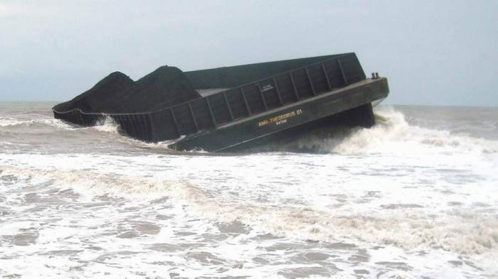 ABK Tugboat yang Karam Dihantam Ombak Masih Syok