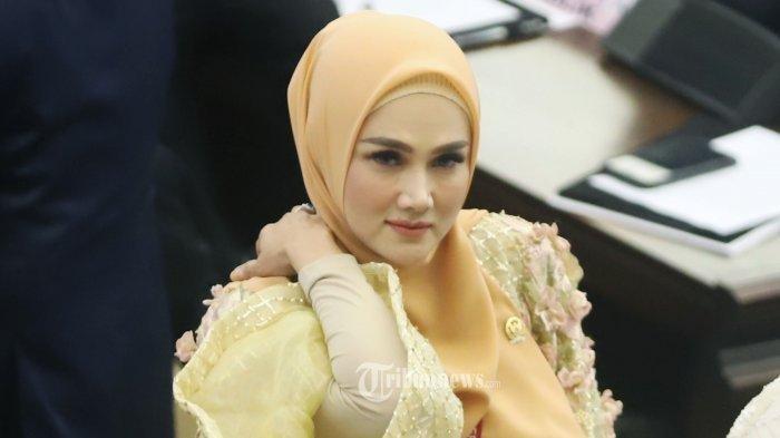 Istri Ahmad Dani Mulan Jameela Kaget Utang PLN Capai Rp 694,7 Triliun: Tidak Sehat Itu