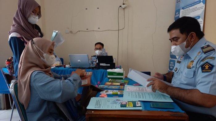 Warga Kudus Tak Perlu Lagi Jauh-jauh ke Semarang untuk Buat Paspor