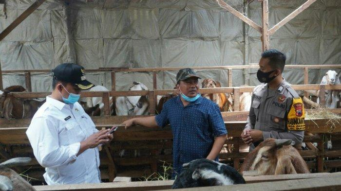 Cerita Brigadir Saiful Rohman, Bhabinkamtibmas Dukuh Turi Tegal Bantu Warga Jualan Susu Kambing