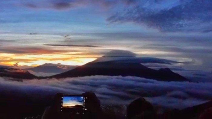 Sudah Dibuka Kembali, Bukit Sikunir Dieng Dipadati Wisatawan saat Hari Libur