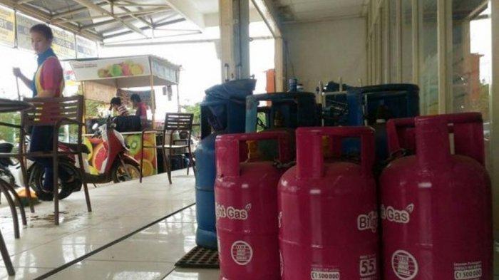 Pertamina Bantah Penarikan Tabung Biru Gas 12 Kg: Tak Ditarik, tapi Ditukar Tabung Pink