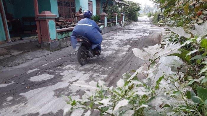Dua Desa di Kecamatan Selo Boyolali Terdampak Hujan Abu Gunung Merapi, Begini Kondisinya