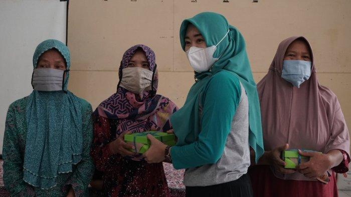 TP PKK Pekalongan Bagikan 1.800 Nasbung untuk Warga Terdampak Covid-19 di 4 Kecamatan