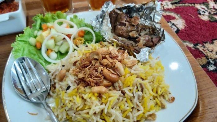 Nikmatnya Kuliner Khas Timur Tengah di Tegal, Olahan Daging Kambingnya Enak Tidak Perengus