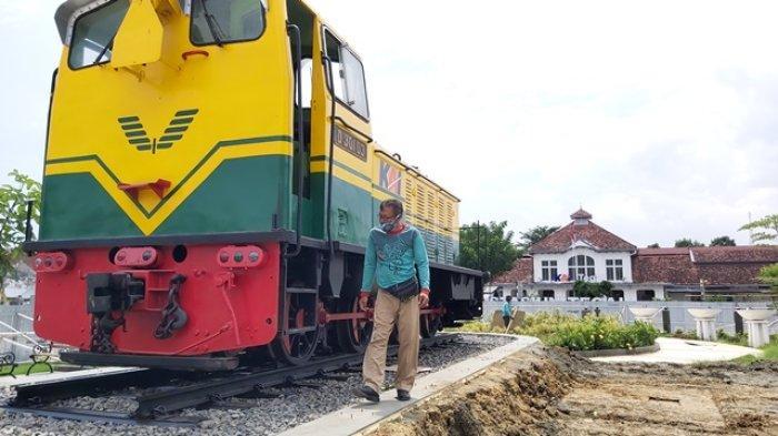 Ada Lokomotif Antik D 301 03 Buatan Jerman di Taman Pancasila Kota Tegal