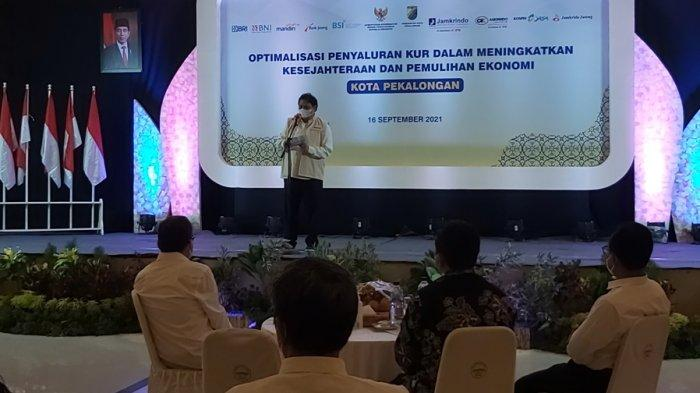 Airlangga Sebut Anggaran KUR Naik Rp32 Triliun, Ingatkan Wali Kota Pekalongan soal Bunga Pinjaman