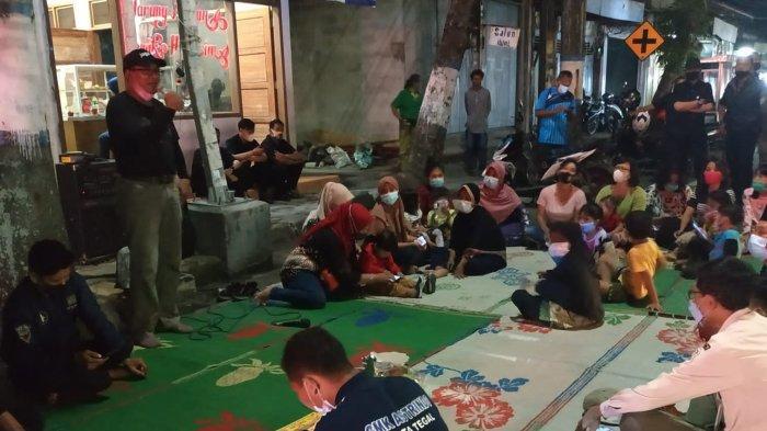 Pedagang Lesehan dan PKL Jalan Ahmad Yani Tegal Gelar Syukuran Pasca Direlokasi ke Tempat Sementara