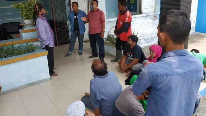Pintu Masuk Timur PAI Tegal Ditutup, Pedagang Geruduk Disporapar: Kami Jarang Kecipratan Berkah