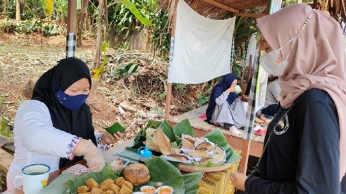 Wisata Kuliner Sambil Nikmati Hamparan Sawah di Ubud Brayo Batang
