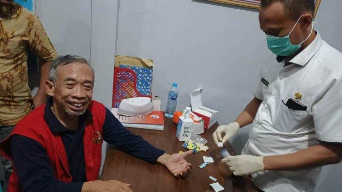 Foto Detik-detik Pelawak Qomar Dijebloskan ke Penjara Brebes, Kasasi Ditolak MA, Kasus Ijazah Palsu