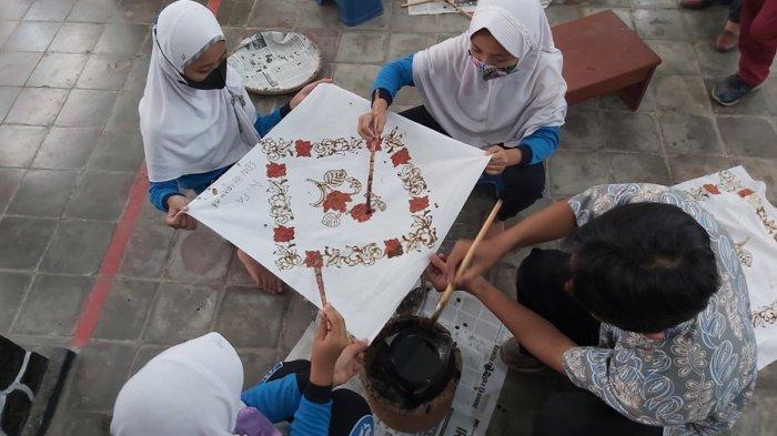 Serunya Belajar Membatik Bareng 510 Siswa SD di Pekalongan, Amat: Kita Gelar selaam 10 Hari