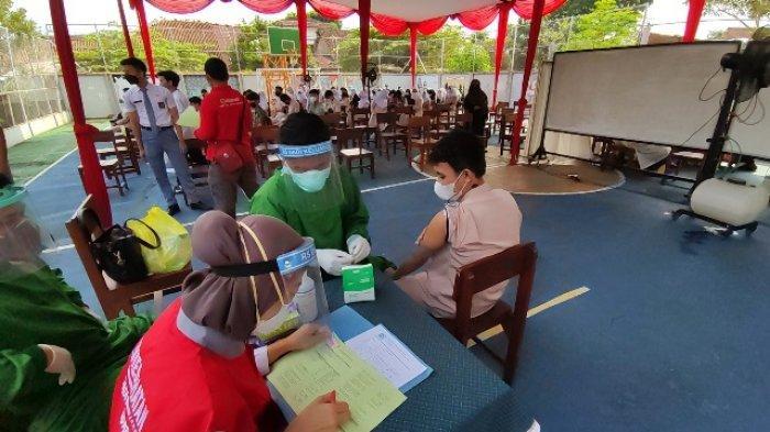 3.000 Dosis Vaksin Covid-19 Diberikan ke Pelajar SMA dan SMK di Banyumas