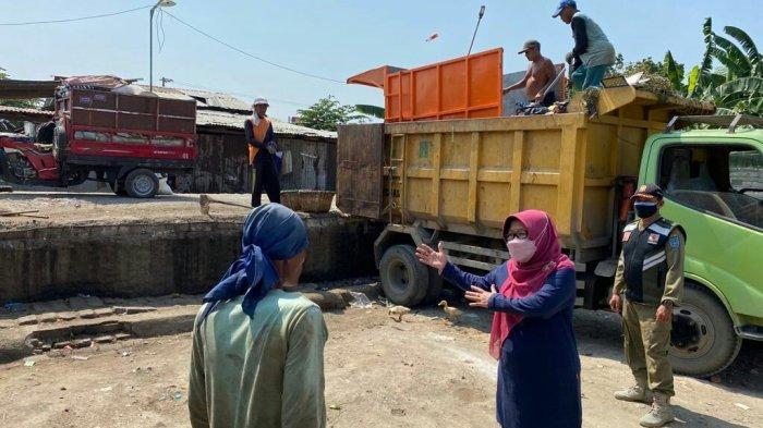 TPS di Jalingkos Bikin Resah Warga, Bupati Tegal Tinjau Eks Pasar Hewan Curug: Kami Coba Dulu