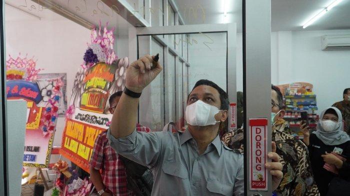 Resmikan Mahad Islam Mart, Wali Kota Pekalongan Aaf Berharap MI Mart Turut Dongkrak Perekonomian