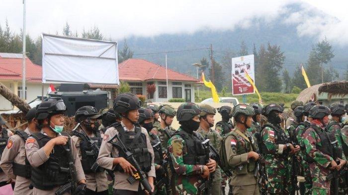 Aparat Gabungan TNI-Polri Patroli di Kabupaten Puncak, Targetkan Orang yang Berafiliasi dengan KKB