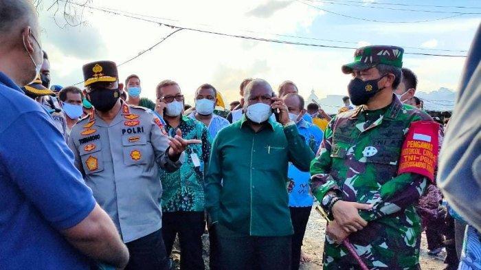 Keadaan Darurat, Gubernur Minta Bupati Siapkan Tiga Tempat untuk Korban Kebakaran Manokwari