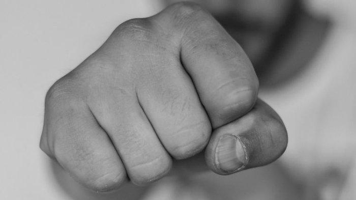 Detik-detik Anggota Satpol PP Berkelahi karena Nasi Kotak setelah Upacara HUT RI, Sampai Dilerai TNI