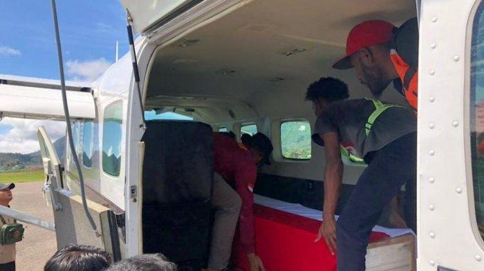 KKB Papua Pimpinan Lamek Taplo Serang Polsek Kiwirok, Satu Polisi Gugur Terkena Tembakan