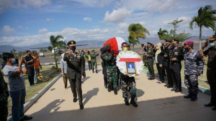 Jenazah Kapten Chb Anumerta Dirman Dimakamkan di Kampung Halaman, Istri dan 3 Anaknya Turut Menemani