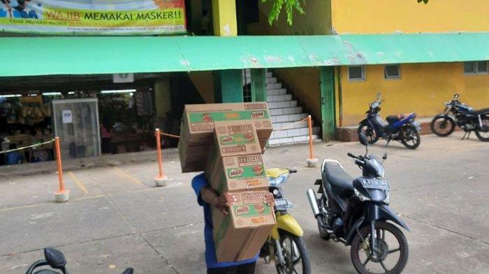 Viral Video Dugaan Pungli di Pasar Kramat Jati oleh Tukang Parkir, Mobil Keluar Bayar Rp 31 Ribu