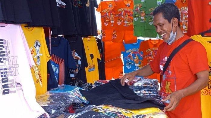 Kisah Penjual Baju PON Papua 2021 yang Datang Langsung dari Jabar: Ya Lumayan Lah