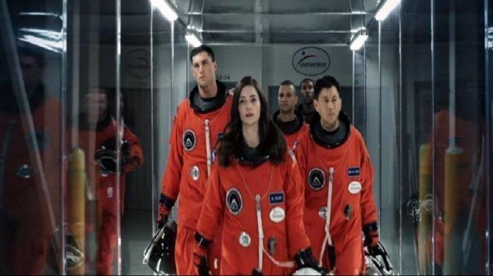 Sinopsis Film The Space Between Us Dibintangi Asa Butterfield, di Bioskop TRANSTV Pukul 19.30 WIB