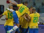 Para-pemain-Brasil-merayakan-gol.jpg