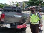 Satlantas-Polres-Manokwari-menilang-sejumlah-kendaraan-dinas-dan-pengendara-di-bawah-umur.jpg
