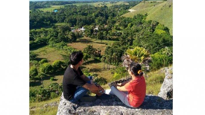 Bukit Watuhadang, Surga Kecil Tersembunyi di Sumba Timur