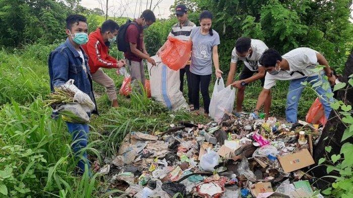 Bukit Cinta Penfui Penuh Sampah, Komunitas Potret Gelar Aksi Bersih Sampah