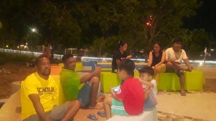 Meski Belum 100 Persen, Taman Alun-alun Kota Kupang Sudah Ramai Dikunjungi Warga