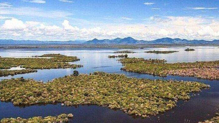 Wisata Danau Sentarum di Provinsi Kalimantan Barat, Indonesia