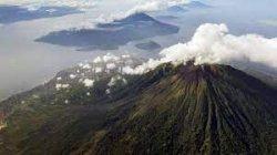 Daftar Nama Gunung di Kepulauan Maluku, Indonesia